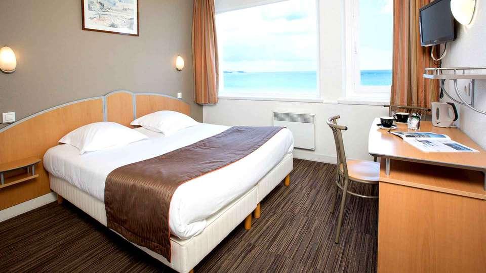 Hôtel Antinéa - Edit_Room3.jpg