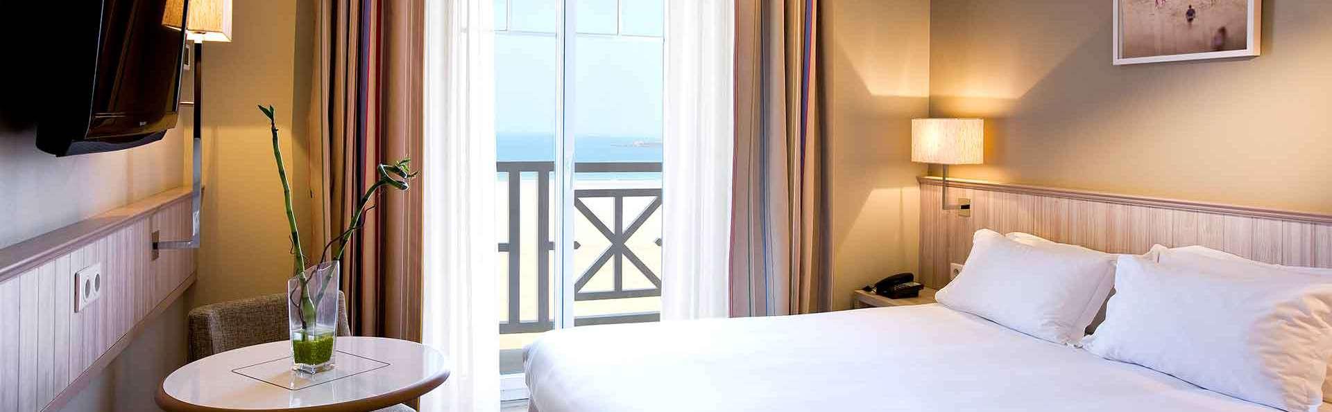 H tel antin a 3 saint malo france for Hotel saint malo jacuzzi chambre