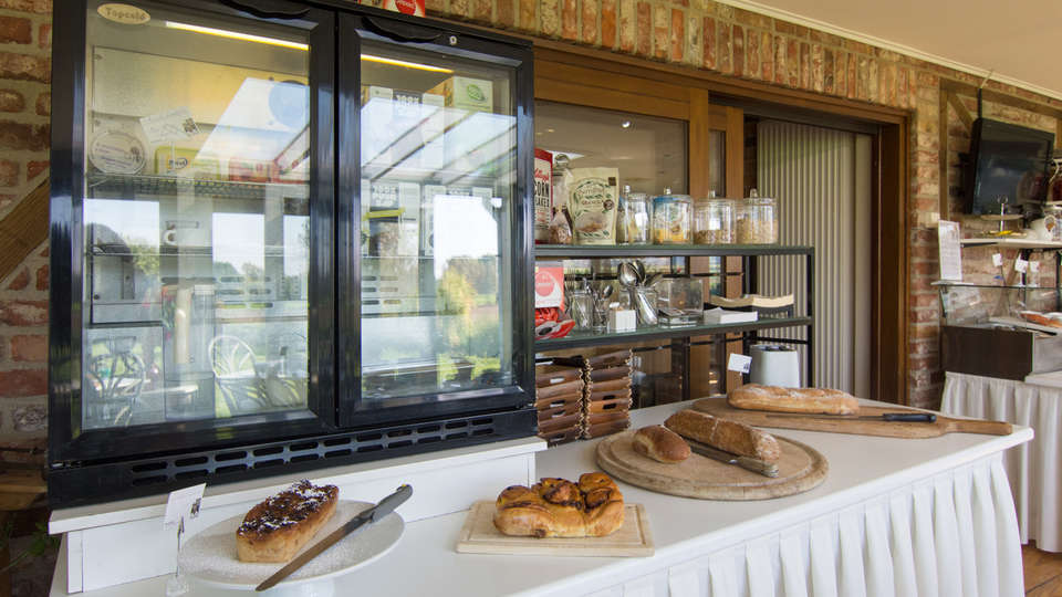 De Stokerij Hotel - EDIT_NEW_buffet.jpg