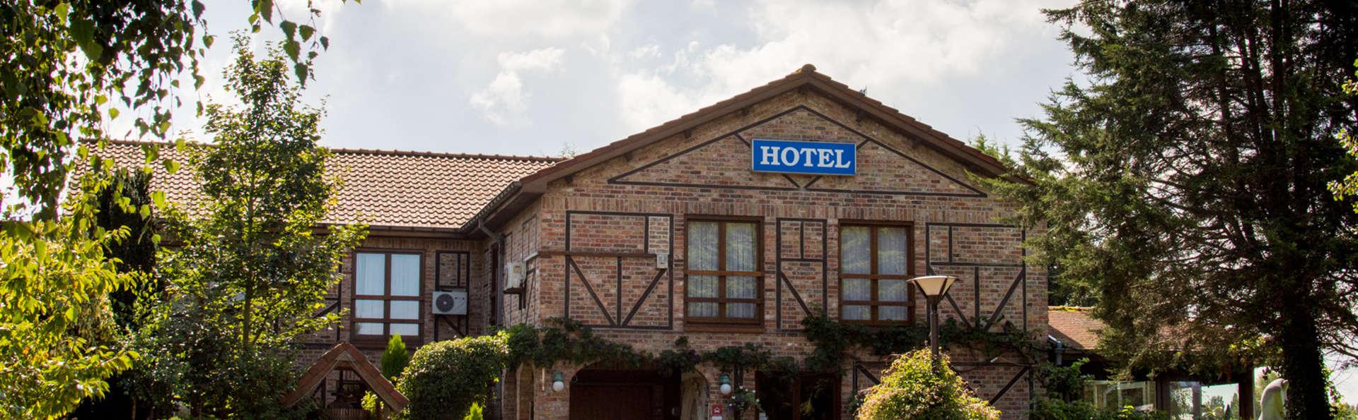 De Stokerij Hotel - EDIT_NEW_front.jpg
