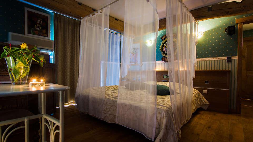 De Stokerij Hotel - EDIT_NEW_room8.jpg