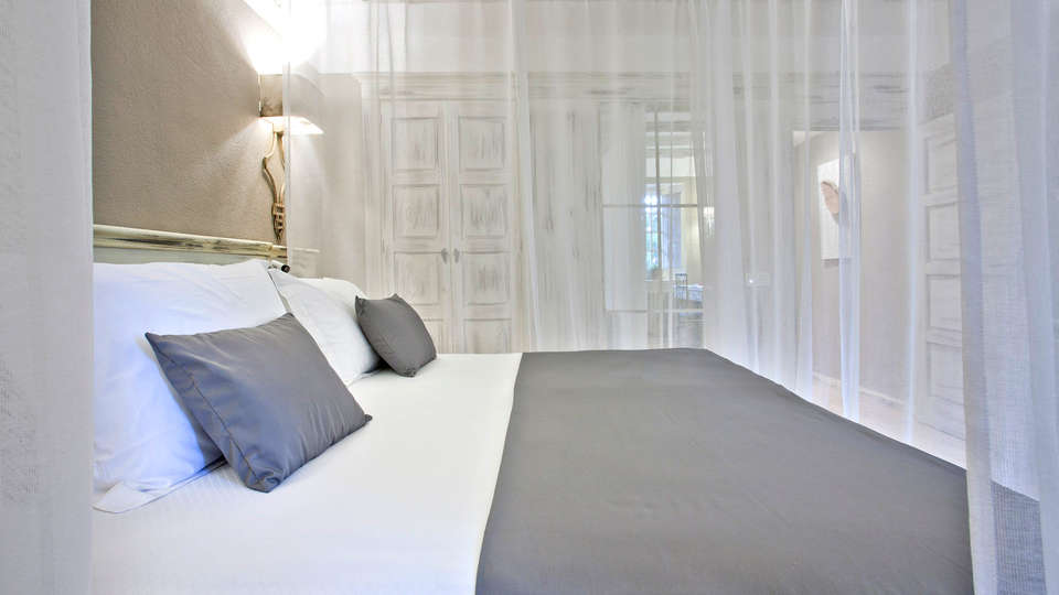 Pamplona El Toro Hotel & Spa - EDIT_NEW_room2.jpg