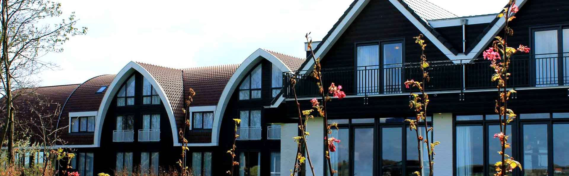 Boutique Hotel Texel - Edit_Front.jpg