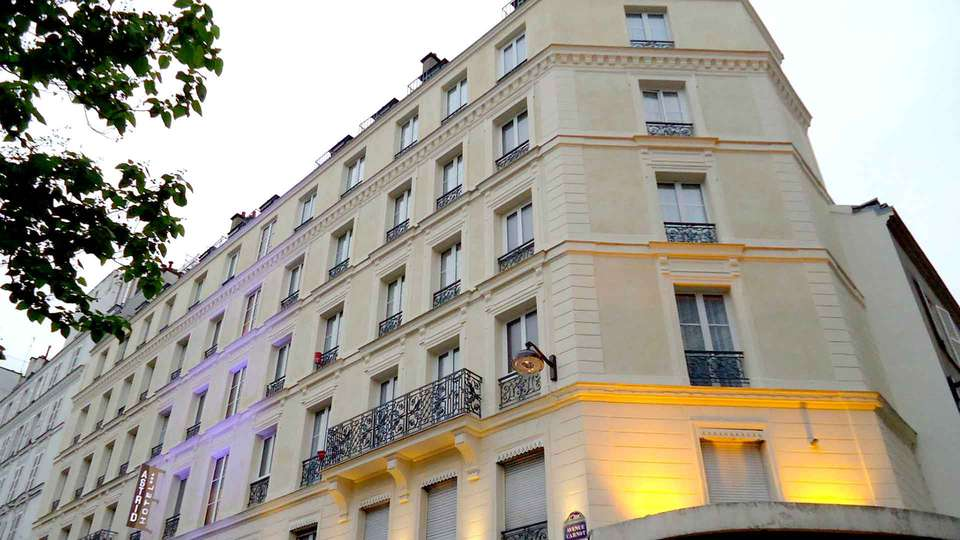 Hôtel Astrid - Edit_Front.jpg