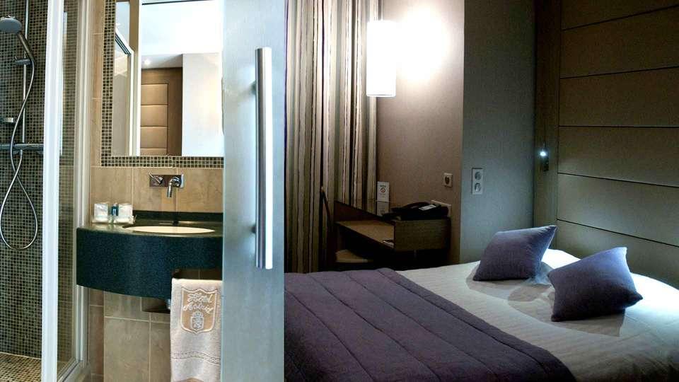 Hôtel Astrid - Edit_Room5.jpg