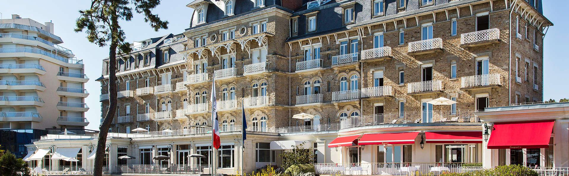 Hôtel Barrière Le Royal La Baule  - EDIT_fachada_2.jpg