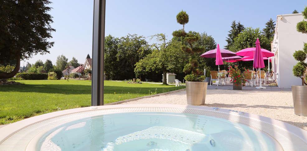 h tel beau site luxeuil les bains 3 luxeuil frankrijk. Black Bedroom Furniture Sets. Home Design Ideas