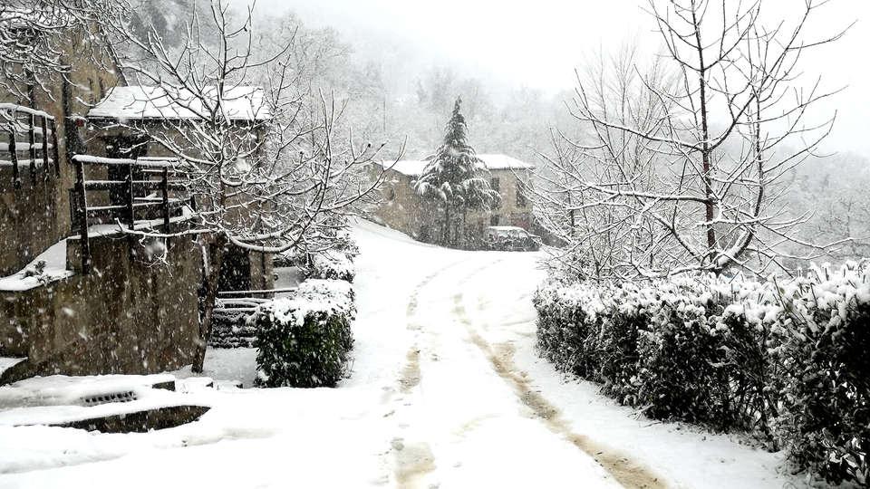 Grotta Dell'Eremita - EDIT_NEW_snow.jpg