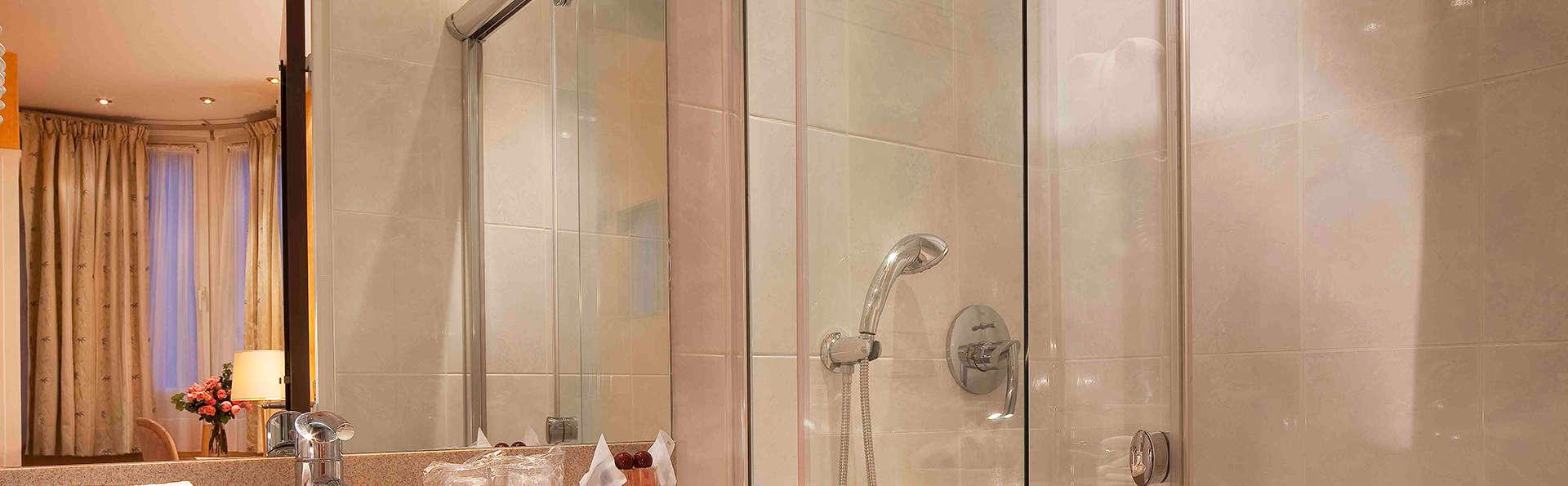 Hôtel Cécilia - EDIT_bath1.jpg