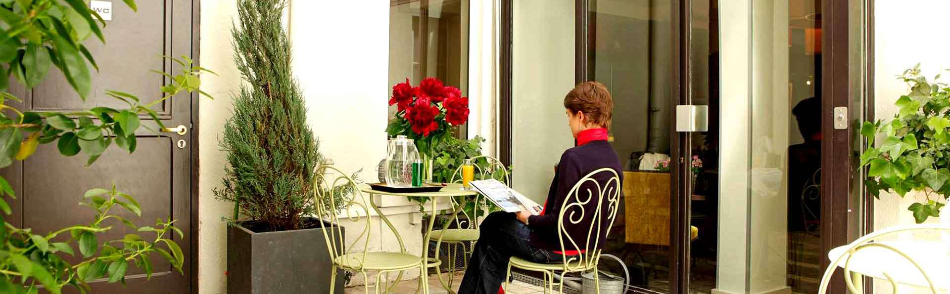 Hôtel Chaplain Paris Rive Gauche - Edit_Terrace.jpg