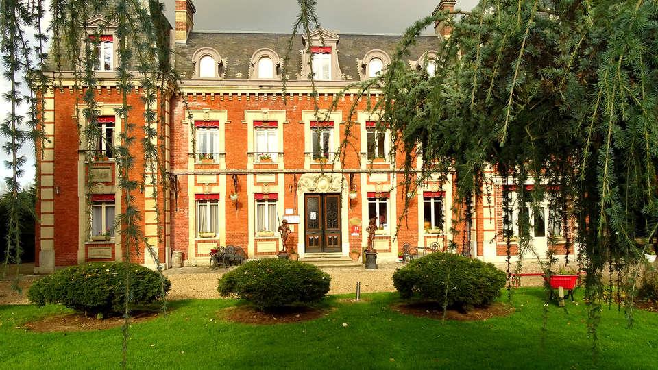 Hôtel Château Corneille - EDIT_NEW_front.jpg