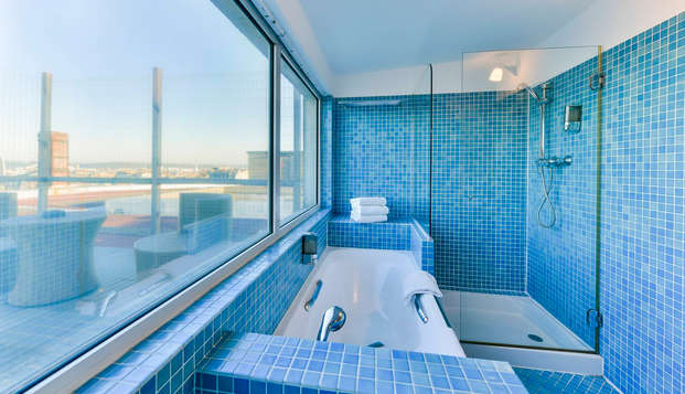 Hotel Continental by HappyCulture - Bathroom