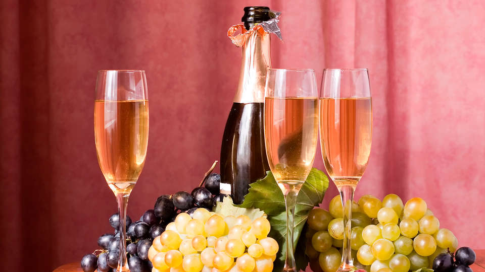 Quality Hotel Belfort Centre - edit_grapes3.jpg