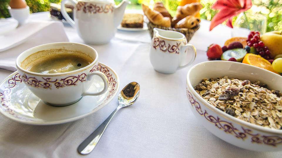 Hôtel Cantemerle Spa et Restaurant - EDIT_Breakfast_1.jpg