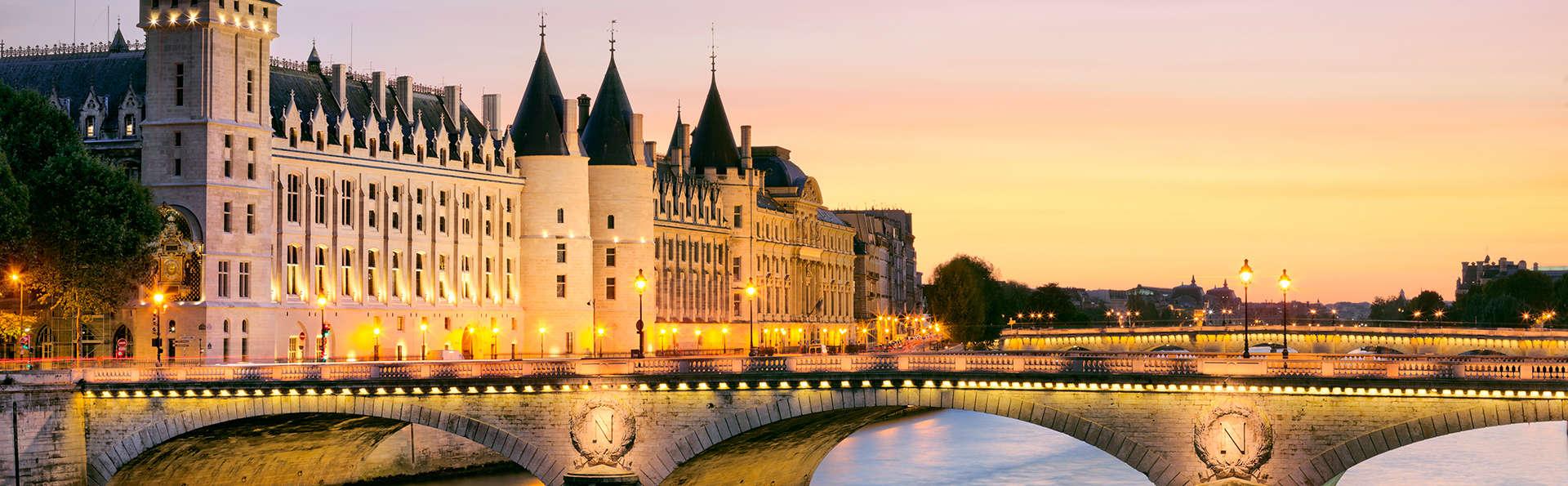 Hôtel Courcelles-Etoile - EDIT_destination.jpg