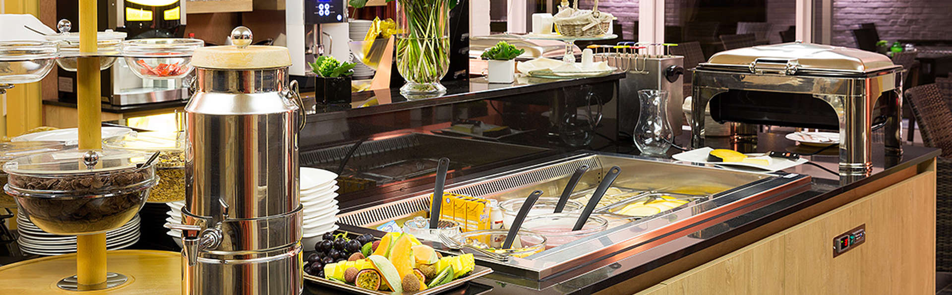 Hotel – Restaurant Weinebrugge  - EDIT_NEW_buffet2.jpg