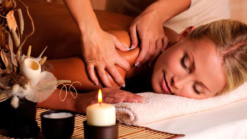 Hotel Grèvol Spa & Wellness - EDIT_massage.jpg