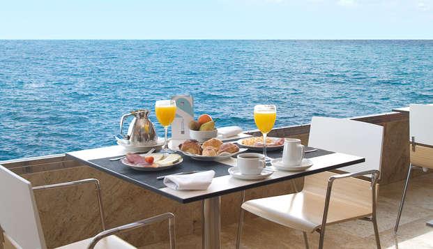 Escapada Relax en Alicante con vistas increíbles y circuito de hidroterapia