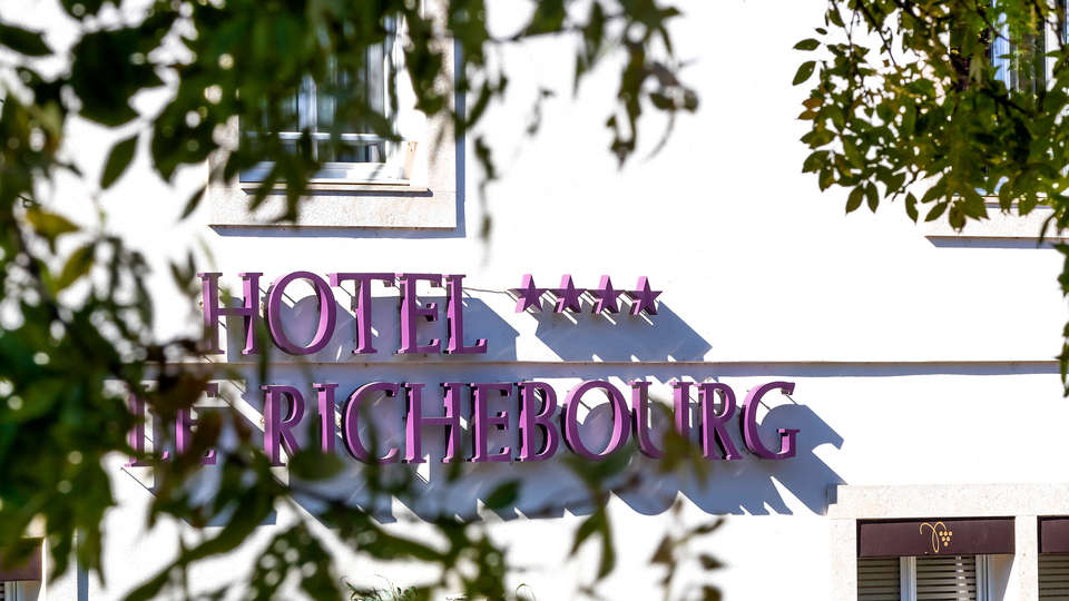 Le Richebourg Hôtel Restaurant et Spa - EDIT_NEW_FRONT.jpg