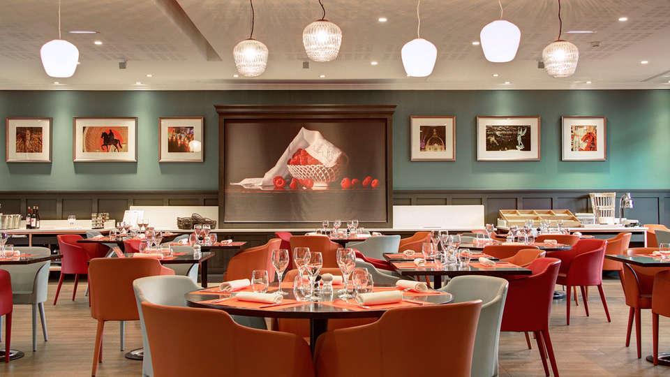 Hôtel Crowne Plaza Lyon Cité Internationale - EDIT_restaurant3.jpg