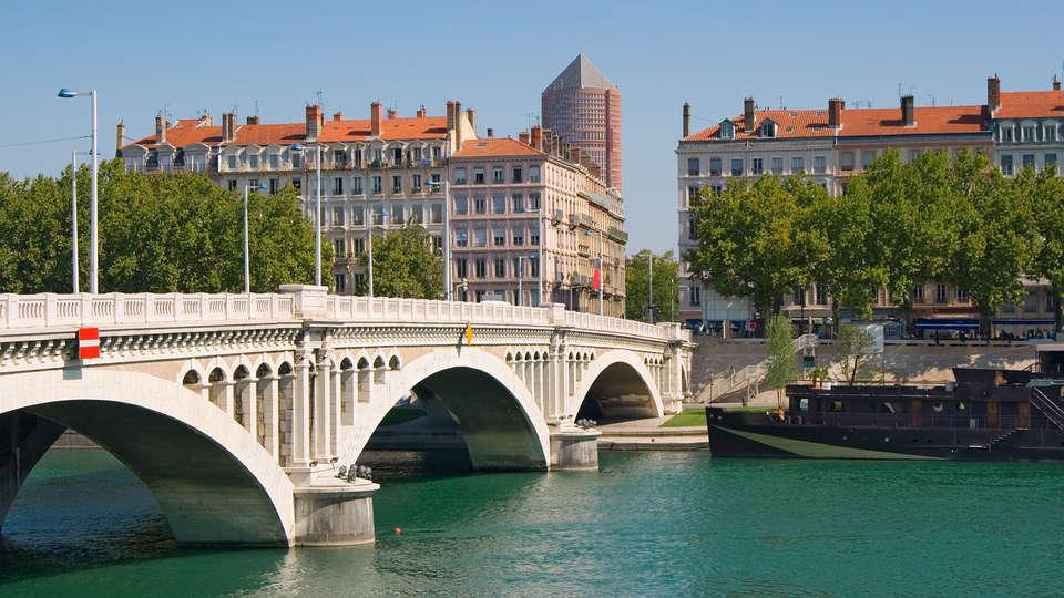 Hôtel Crowne Plaza Lyon Cité Internationale - EDIT_destination1.jpg