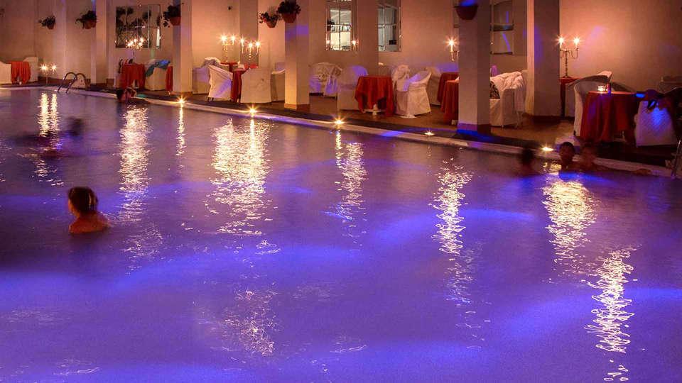 Hotel Terme Rosapepe - Edit_Pool4.jpg