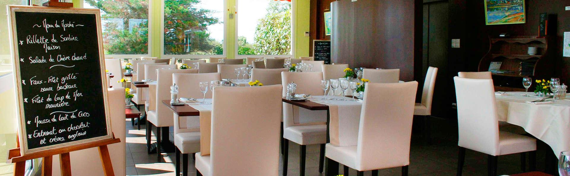 Hôtel de la Loire - EDIT_restaurant.jpg