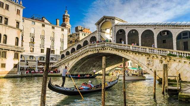 Romantiek en een adembenemend uitzicht op Lido van Venetië in een superior kamer
