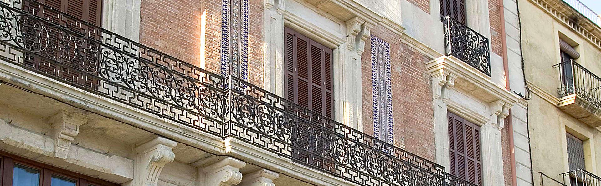 Mercer Casa Torner i Güell - Edit_Front.jpg