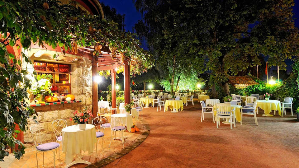 Hôtel de La Verniaz et ses Chalets - EDIT_Terraza_2.jpg