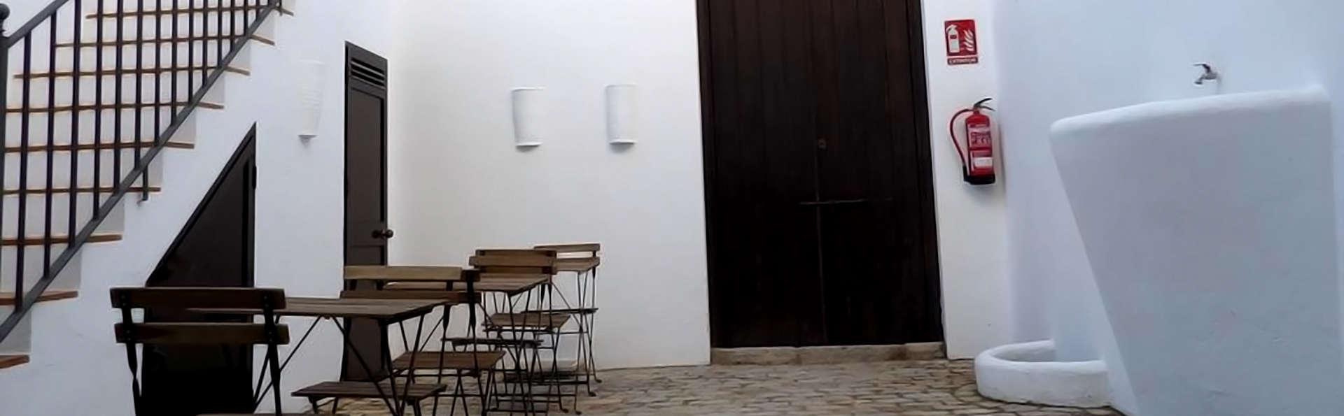 Casa Rural Arenas de El Rocío - Edit_Terrace.jpg