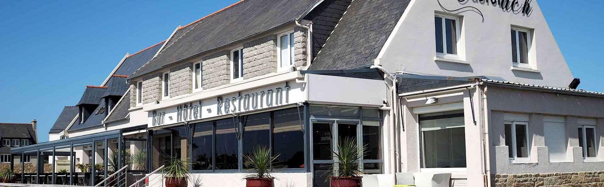 Hôtel Restaurant Le Castel Ac'h - Edit_Front.jpg