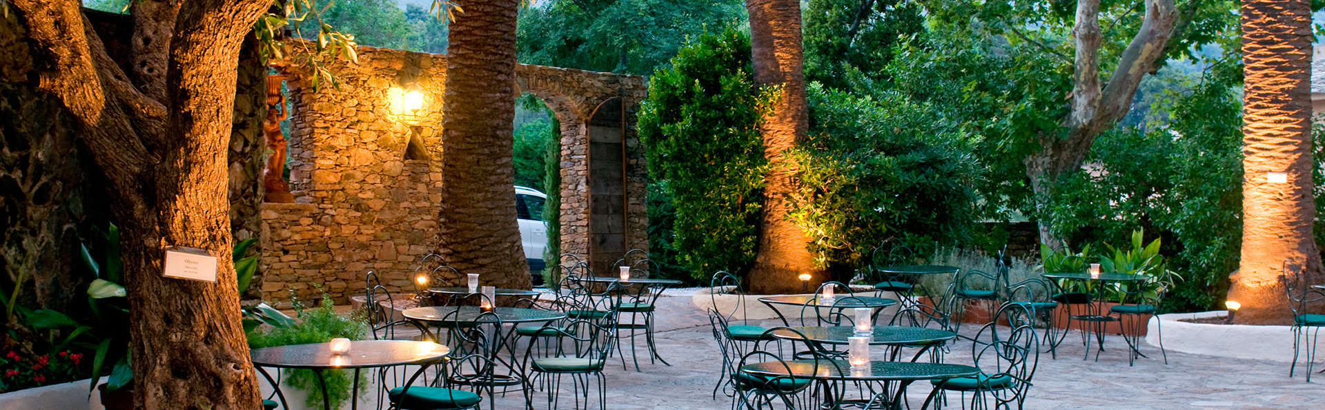 Hôtel Demeure Castel Brando - EDIT_terrace1.jpg