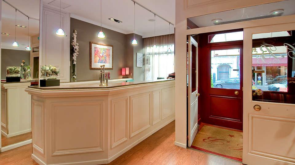 Hôtel Claude Bernard Saint-Germain Paris - Edit_Reception.jpg