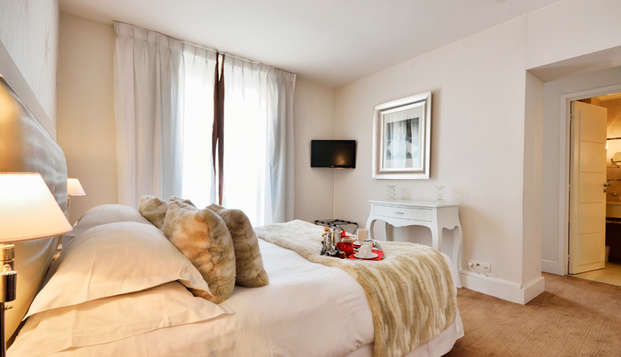 Hotel Renoir - NEW juniorbusiness