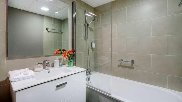 Citadines Croisette Cannes - NEW bath