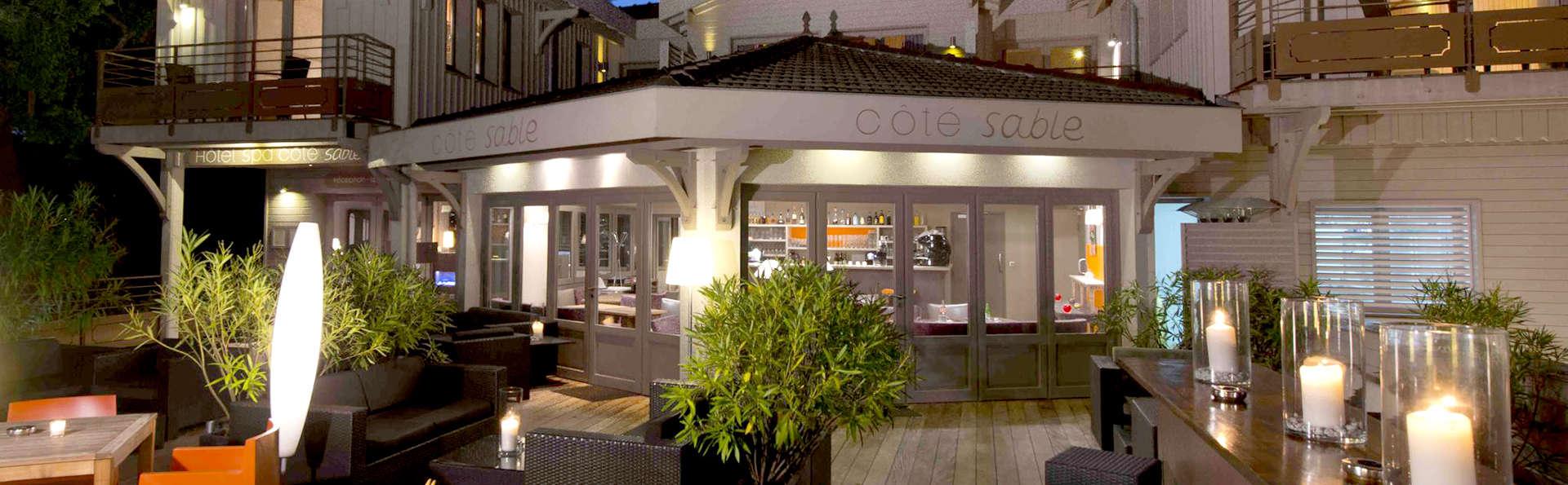 Hôtel Côté Sable - Edit_Front.jpg