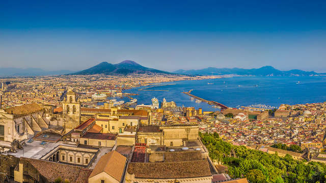 Séjour dans les rues historiques de Naples, à deux pas du port