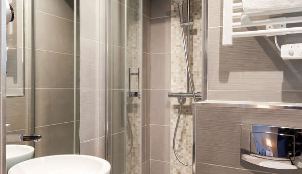 Timhotel Montmartre - bath