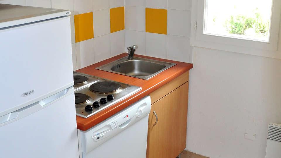 Domaine de Claire Rive - Edit_apartment2.jpg