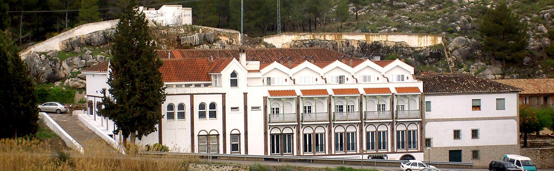 Balneario de Alicun de las Torres - Edit_Front2.jpg