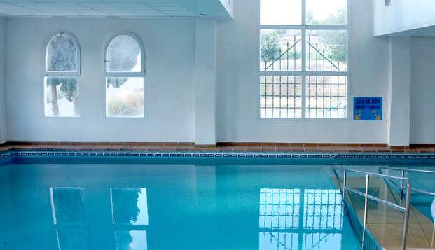 Détente à Alicún en Andalousie, avec dîner, spa, piscines thermales illimités et 3 traitements