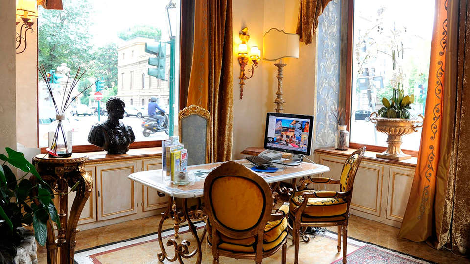 Hotel Romanico Palace - EDIT_NEW_reception.jpg