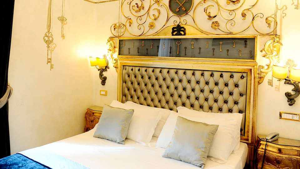 Hotel Romanico Palace - EDIT_NEW_room.jpg