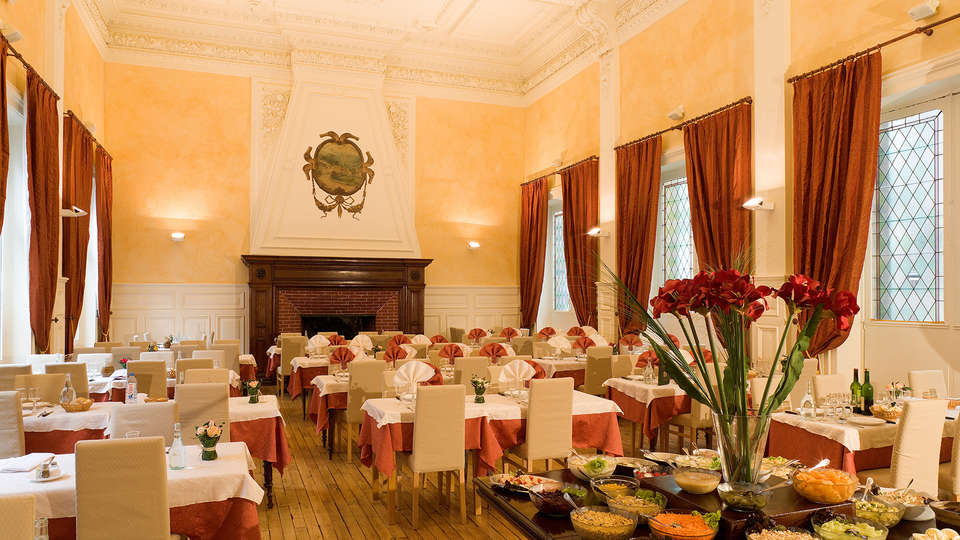 Hôtel du Parc - Le Mont Dore - EDIT_buffet1.jpg