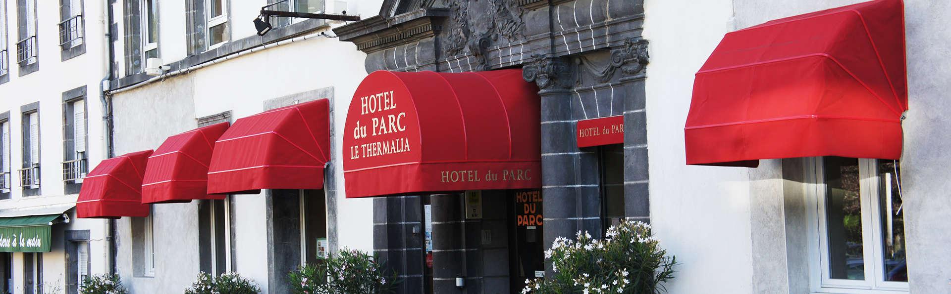 Hôtel du Parc - Le Mont Dore - EDIT_front1.jpg