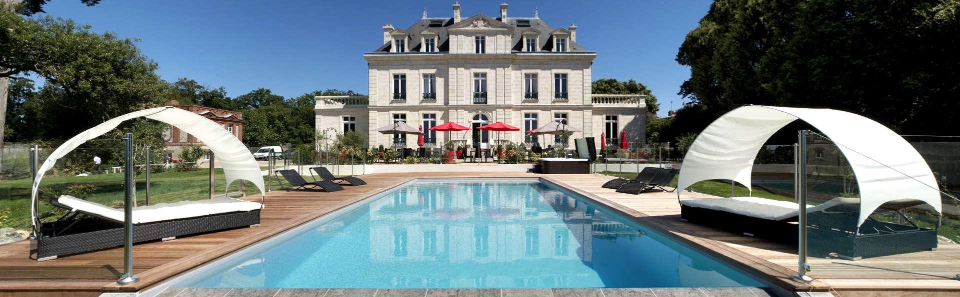 Château de la Gressière - Edit_Front2.jpg