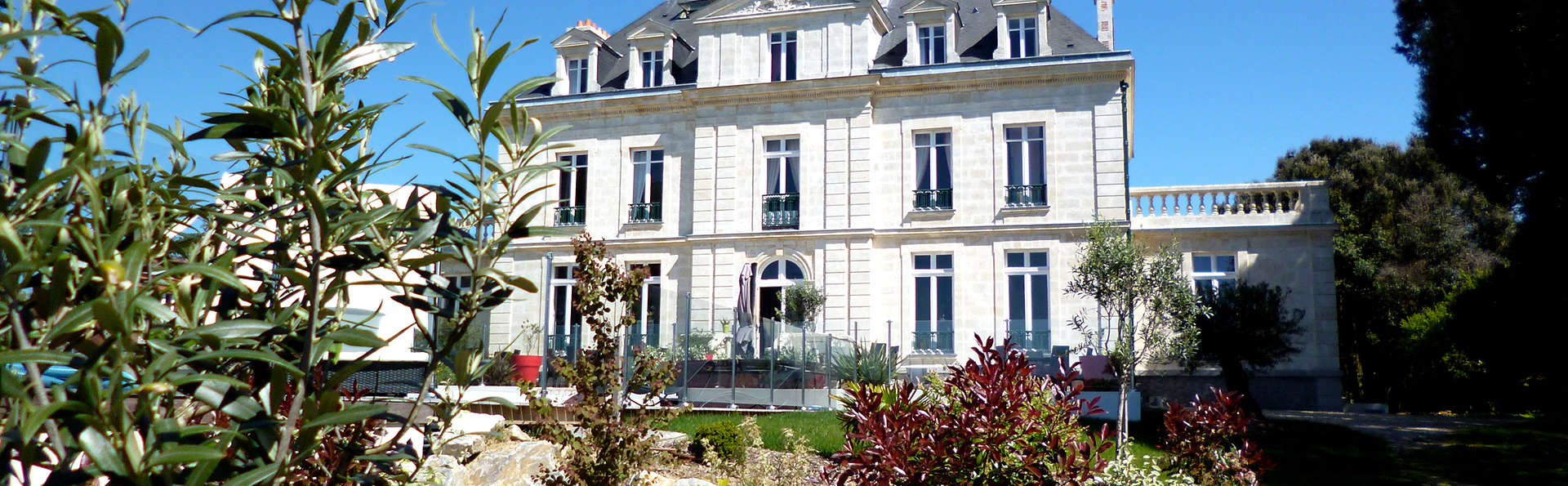 Château de la Gressière - Edit_Front.jpg