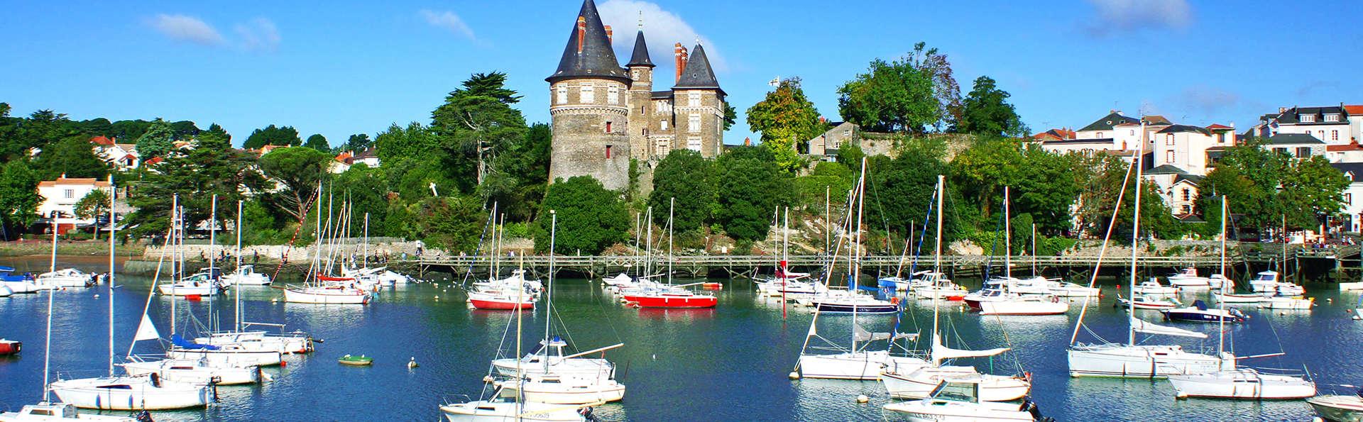 Les pieds dans l'eau près de Saint-Nazaire