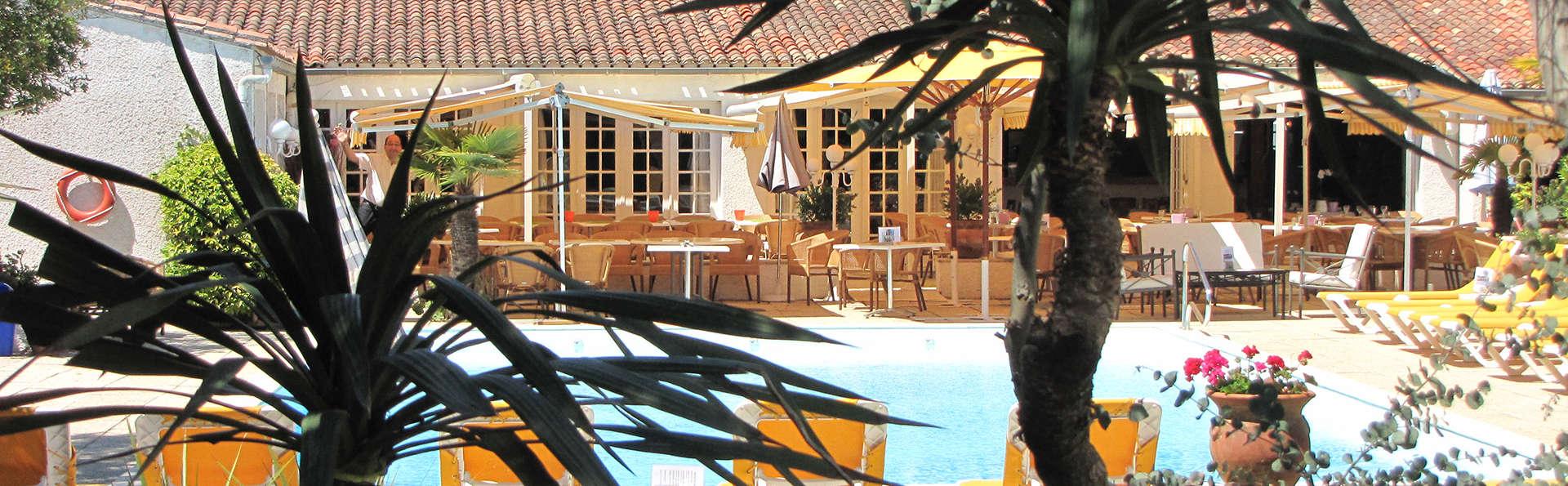 Hôtel Restaurant Les Gollandières - Edit_View.jpg